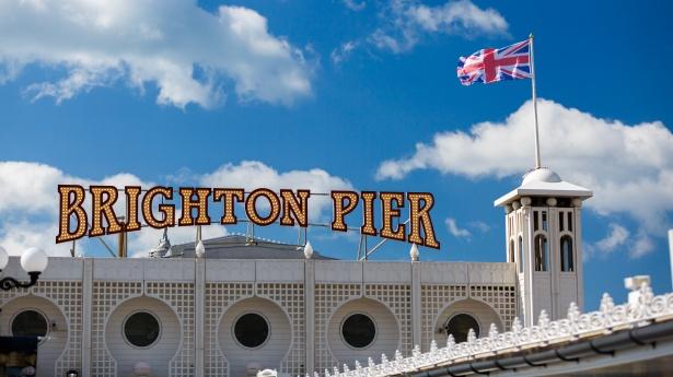 brighton-pier-sign-1448365287er4.jpg
